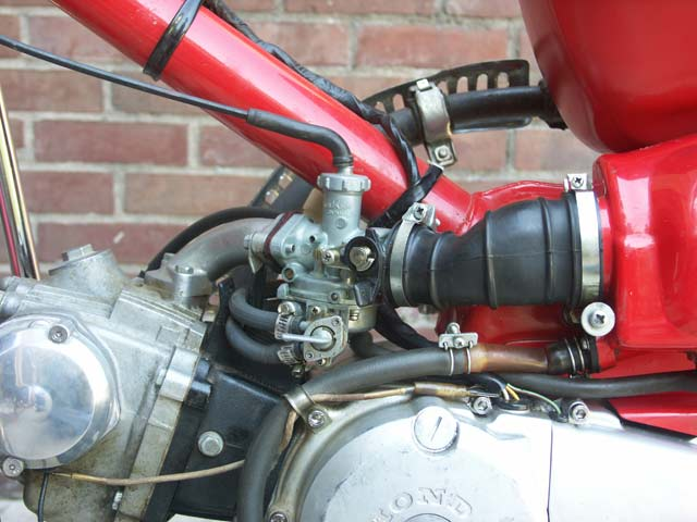 how to know if the carburetor is flooded motorcycle